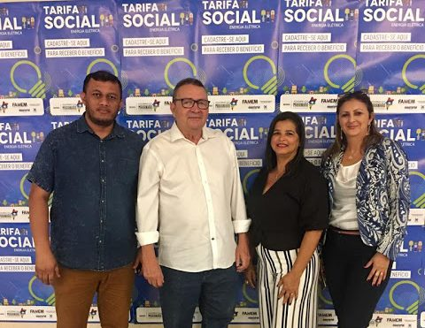 Prefeito Sissi Viana assina termo de Adesão da Campanha Tarifa Social de Energia Elétrica